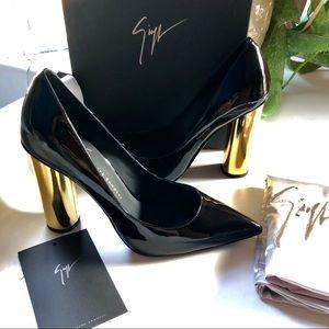 GIUSEPPE ZANOTTI Black & Gold Celebrity Pumps NEW
